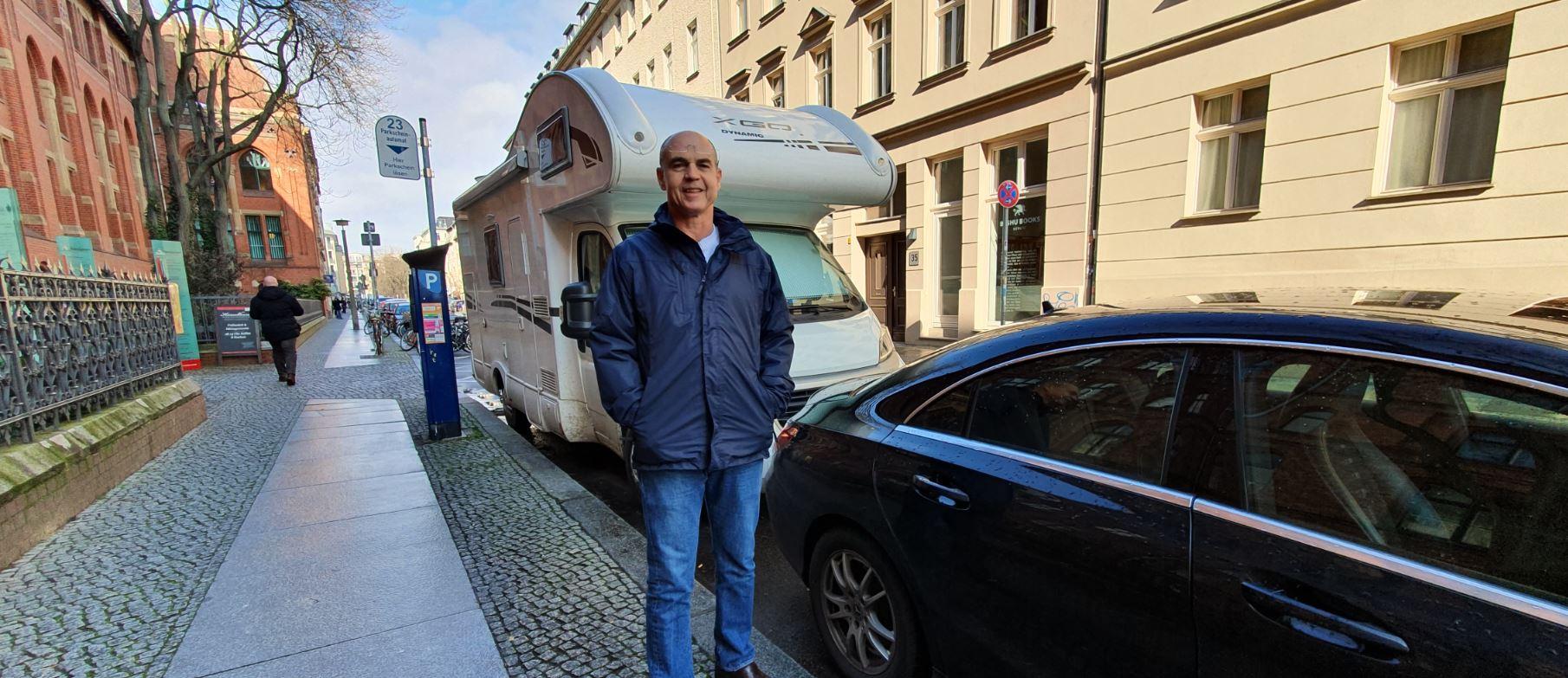 השכרת קרוואנים באירופה - חניית קרוואן בעיר